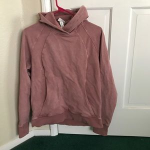 Lululemon scuba pullover size 4